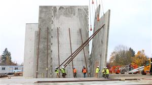 Kellogg walls go up